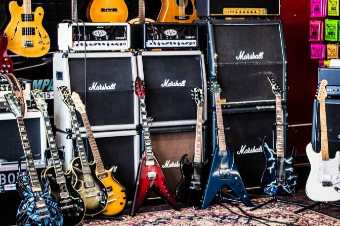 Gear-view Mirror//Jeff Sandbom-Sandbom Guitar Company