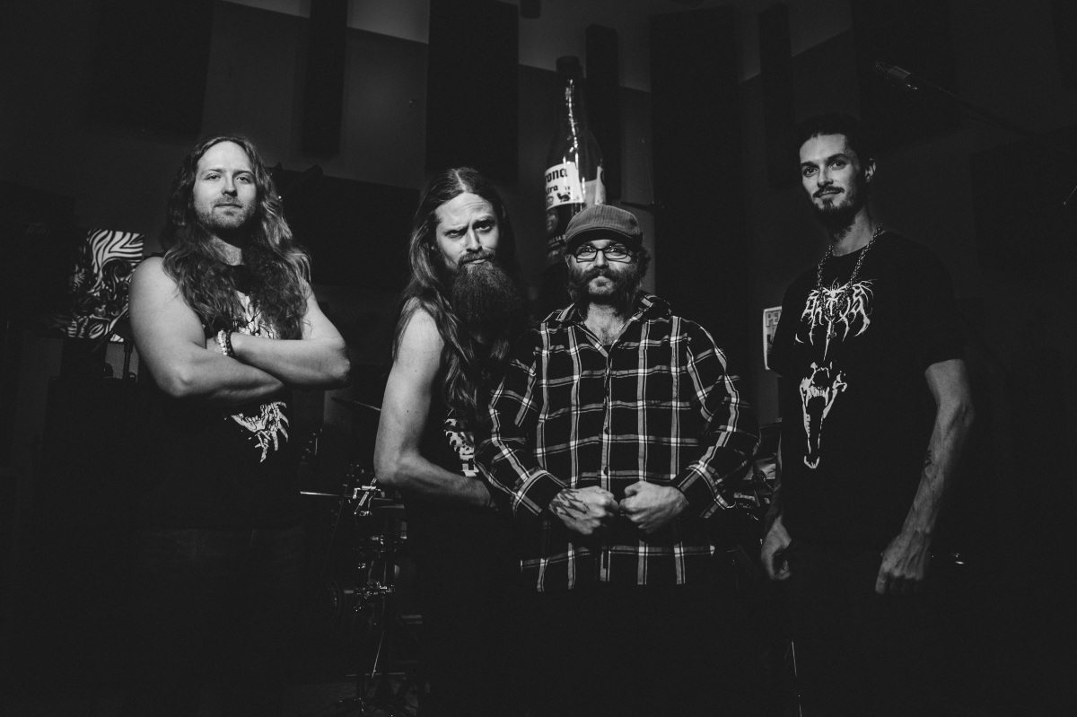 Maehem News: CONCRETE FUNERAL Premiere 'Carnival of Contradictions' Video